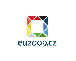 square,triangle,blocks,colorful logo